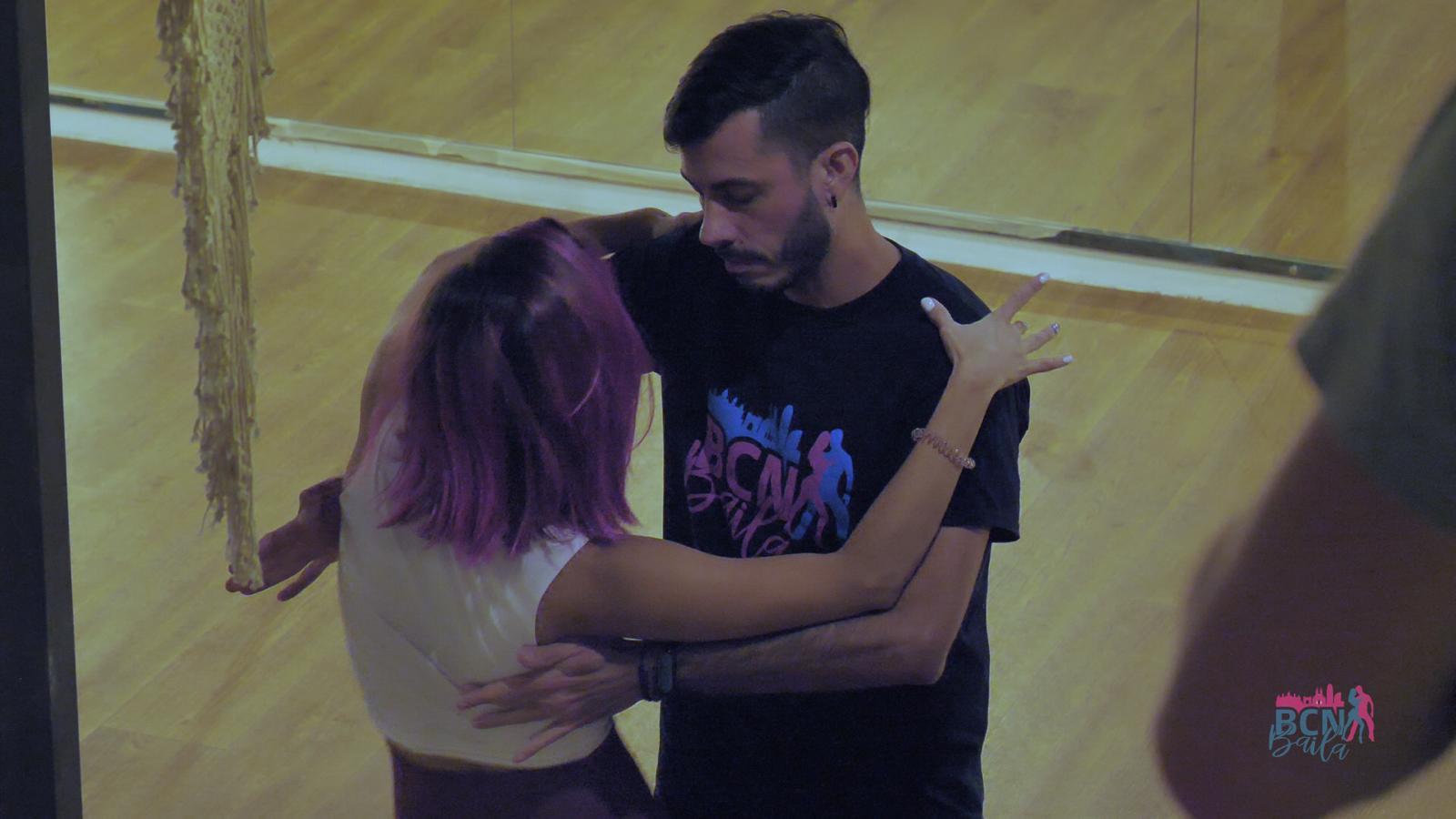 preofesores para clases de inicio e intermedio en escuela de baile en Barcelona